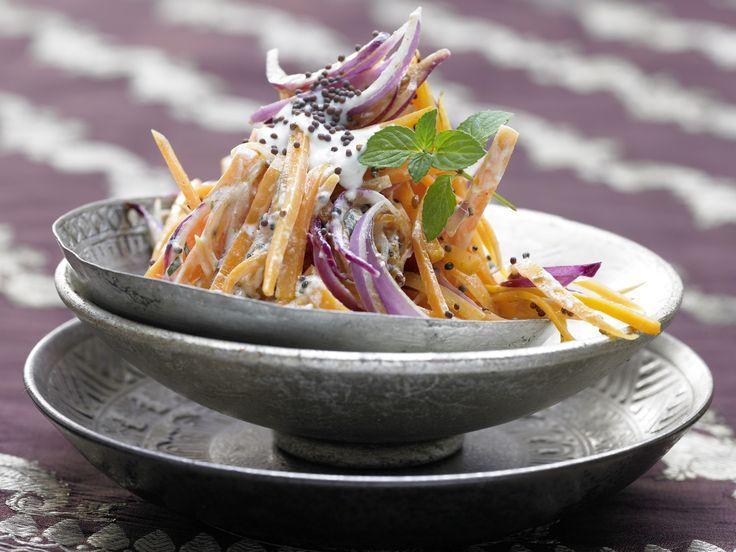Всего одна порция такого салата обеспечит ваш организм суточной нормой витамина А. Это в свою очеред