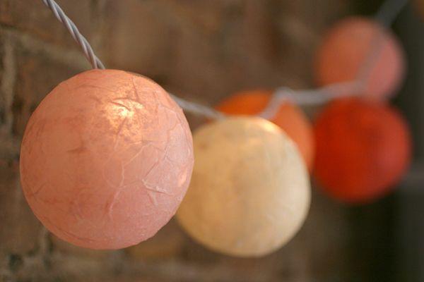 Tuto guirlande de boules en papier mâché | Oh Happy Day!