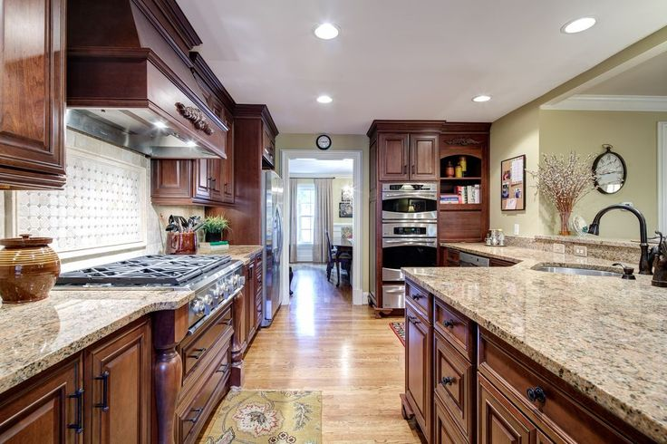 """View this Great Traditional Kitchen with Simple granite counters & Raised panel cabinets by Karen Cannon. Discover & browse thousands of other home design ideas on Zillow Digs."""