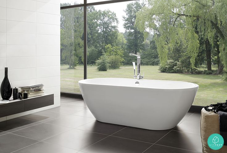Imagine soaking yourself in this bathtub for a relaxing bubble bath. Pure bliss! #outdoorbathroom #bathtub