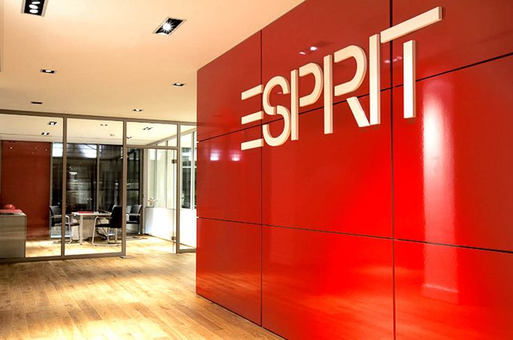Our work at Esprit's Head Office. As this is their head office the look is corporate, whilst reflecting the style and energy of the high street brand. #officerefurbishments #fashionstorerefits
