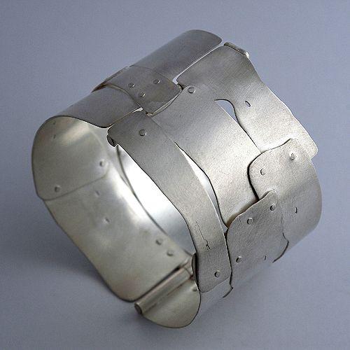 Bracelet | Fabiana Gadano.  Sterling silver
