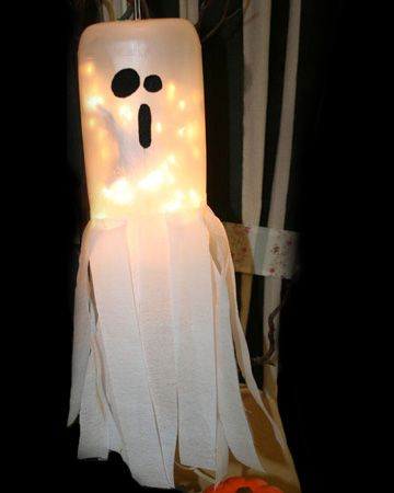 How to make an easy light up ghost out of a milk jug