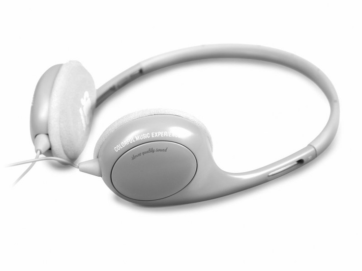 Stereo wired headphones Poliss Jack 3,5 mm with integrated answer key and microphone, Silver color. http://www.sbs-power.com/mobile-accessories/voice-and-music_headset/723_stereo-headphones-poliss-for-mobile-phones_TE8CSH41I.html