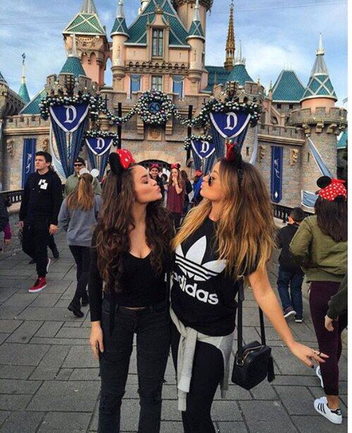 Best friend Disney picture idea