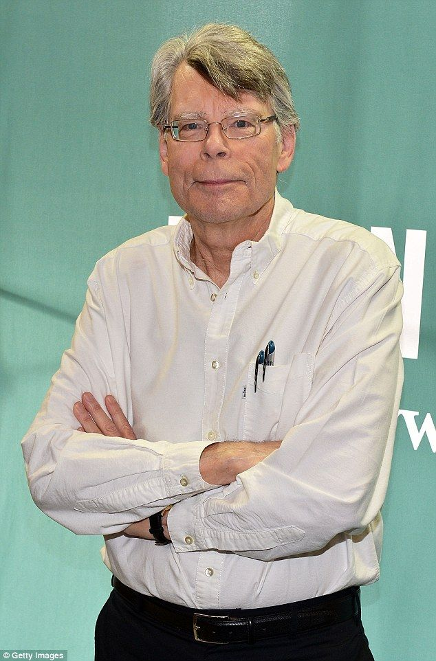 Horror author Stephen King has slammed the governor of Maine, Republican Paul Le…