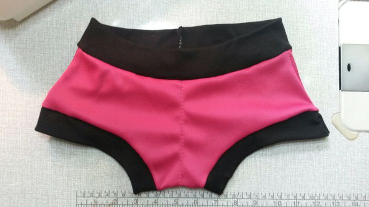Sewing Pattern & Tutorial - Ladies Boyshort Panties - free!