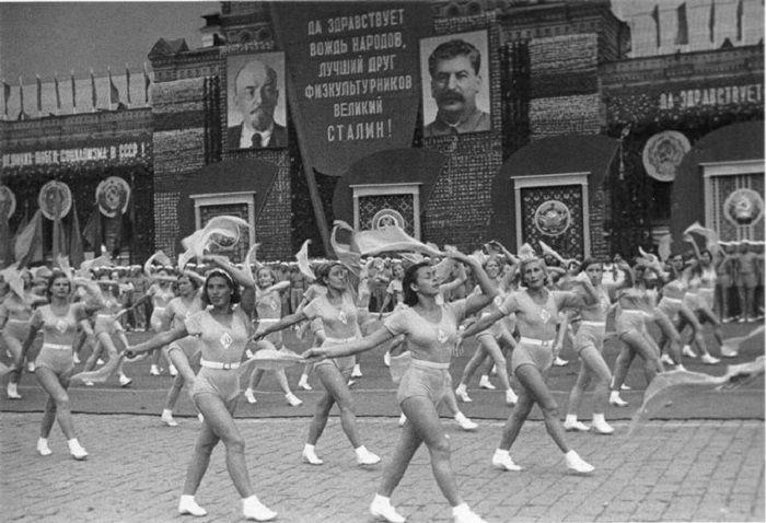 Спортсменки, комсомолки и красавицы 1930-х годов.