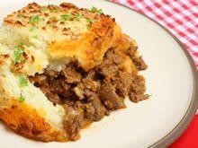Gehaktschotel met champignons en aardappelpuree http://www.budgetkoken.be/ovenschotels/gehaktschotel-met-champignons-en-aardappelpuree.php
