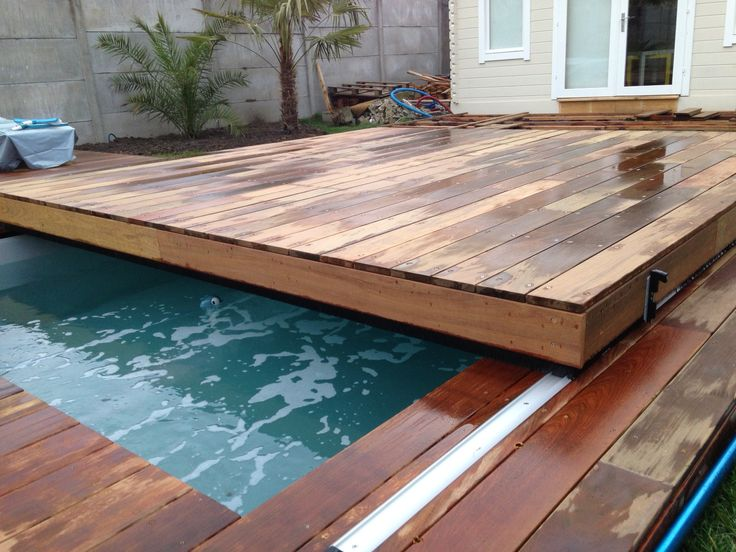 25 best ideas about couverture de piscine sur pinterest couverture natatio - Protection piscine amovible ...