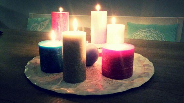 Kaarsen op dienblad