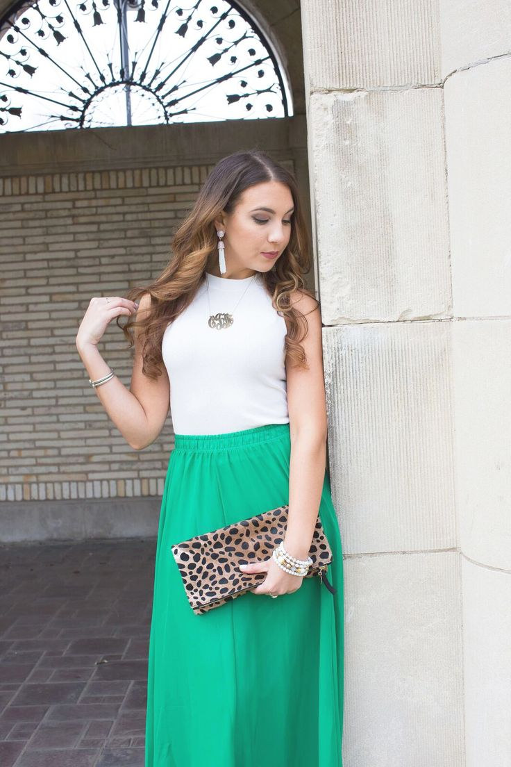 Green Maxi Skirt, Spring Fashion, Spring Outfit Ideas, Cute Maxi Skirts, Clare V Leopard Clutch, Makeup by Caitlyn Michelle  https://caitlynmichelle.wordpress.com/2017/04/20/white-green-for-spring/