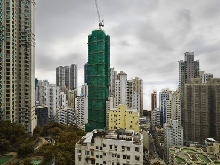 Why Hong Kong Shrouds New Skyscrapers in Cocoons | No matter how tall they are.  Peter Steinhauer  | WIRED.com