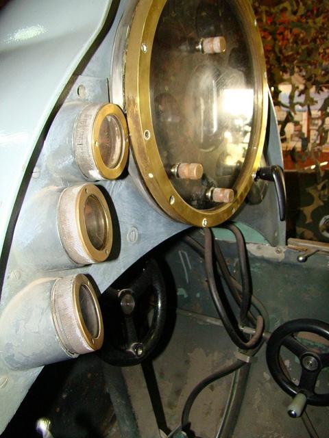 tablero control minisubmarino del 1900