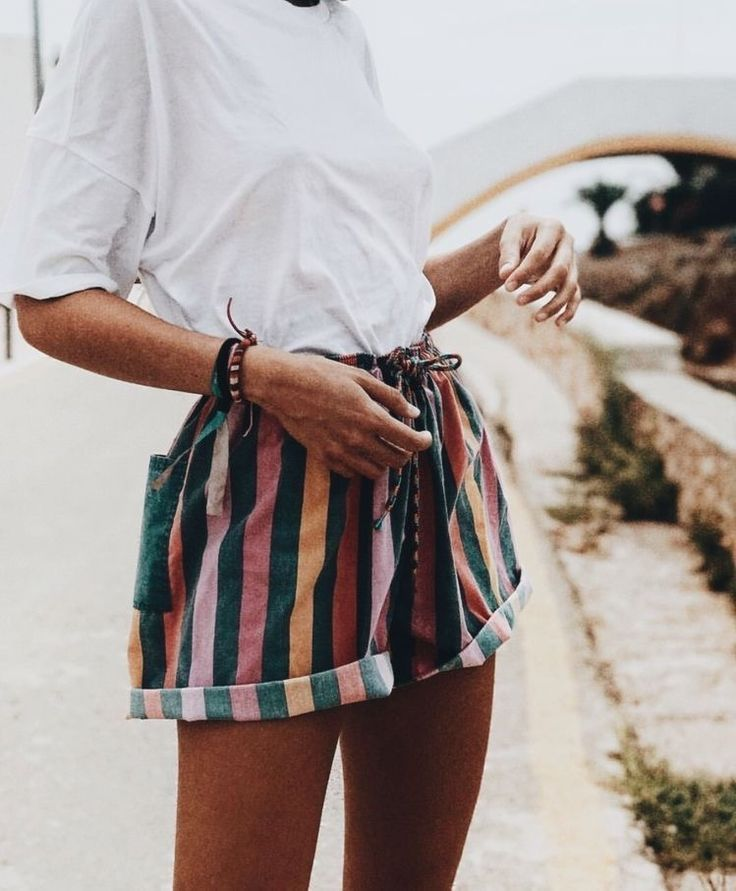 30e9b30c966a striped linen shorts  white tee shirt  simple and casual outfit  inspiration  summer style