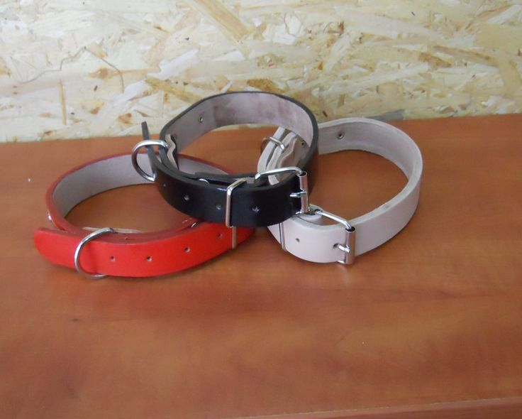 Hand made dog collars in three color. Marterial is quality very strong leather. You can order all or one by one
