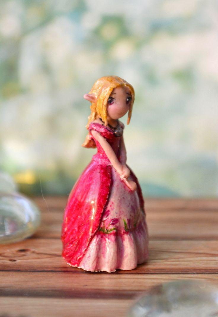 """Miniature """"Spring Elf"""""""
