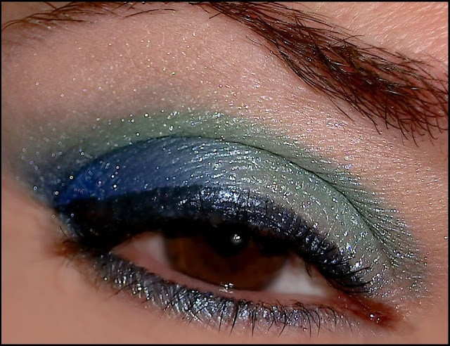 A look inspired by the sea with Aleguaras eyeshadows