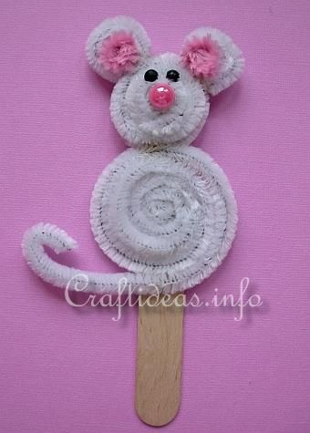 Cute mouse on a popsicle stick