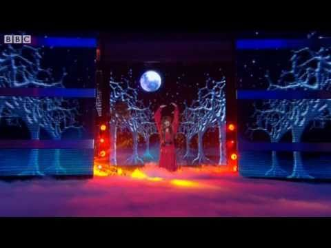 """Noel Fielding does """"Wuthering Heights"""" - Let's Dance for Comic Relief 2011 Final - BBC One - YouTube"""