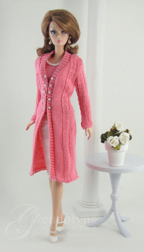 Free Knitting Patterns For Barbie Dolls : 49 best images about Fashion doll knitted on Pinterest Belly button, Free p...