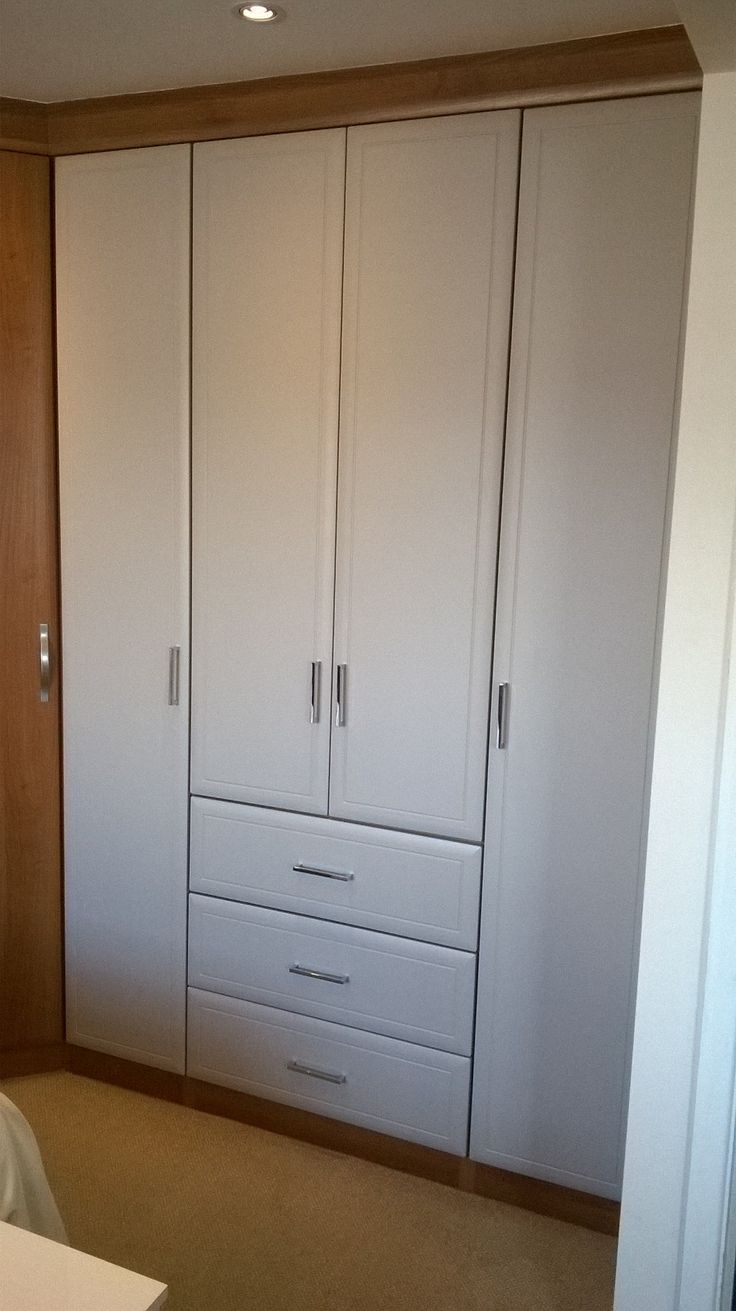 Beautifully fitted wardrobe storage space by MTM Made to Measure in Hull