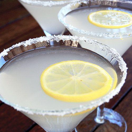 Citrus Spacek - 30 ml gin | 30ml triple sec | 45ml lemon juice | 90ml lemon squash or lemon mineral water