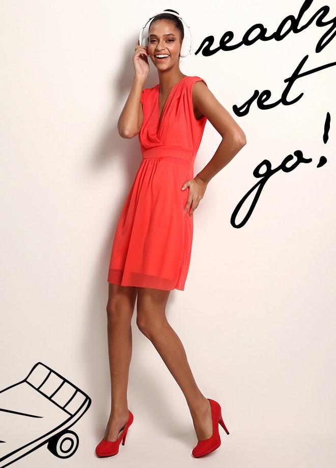 Clubbomba V yaka klasik elbise Markafoni'de 79,90 TL yerine 29,99 TL! Satın almak için: http://www.markafoni.com/product/3520108/