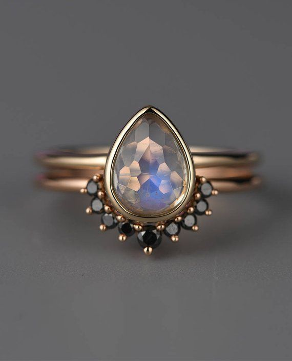 Mondstein Verlobungsring, Black Diamond Band, birnenförmigen Ring, 14k Gold Vintage Ehering Set Brautschmuck Simple Stacking Anniversary   – Schmuck