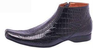 Sepatu kulit buaya memiliki tekstur yang kuat dan corak yagn menarik. Di sini, anda bisa memesan sepatu yang terbuat dari kulit buaya.