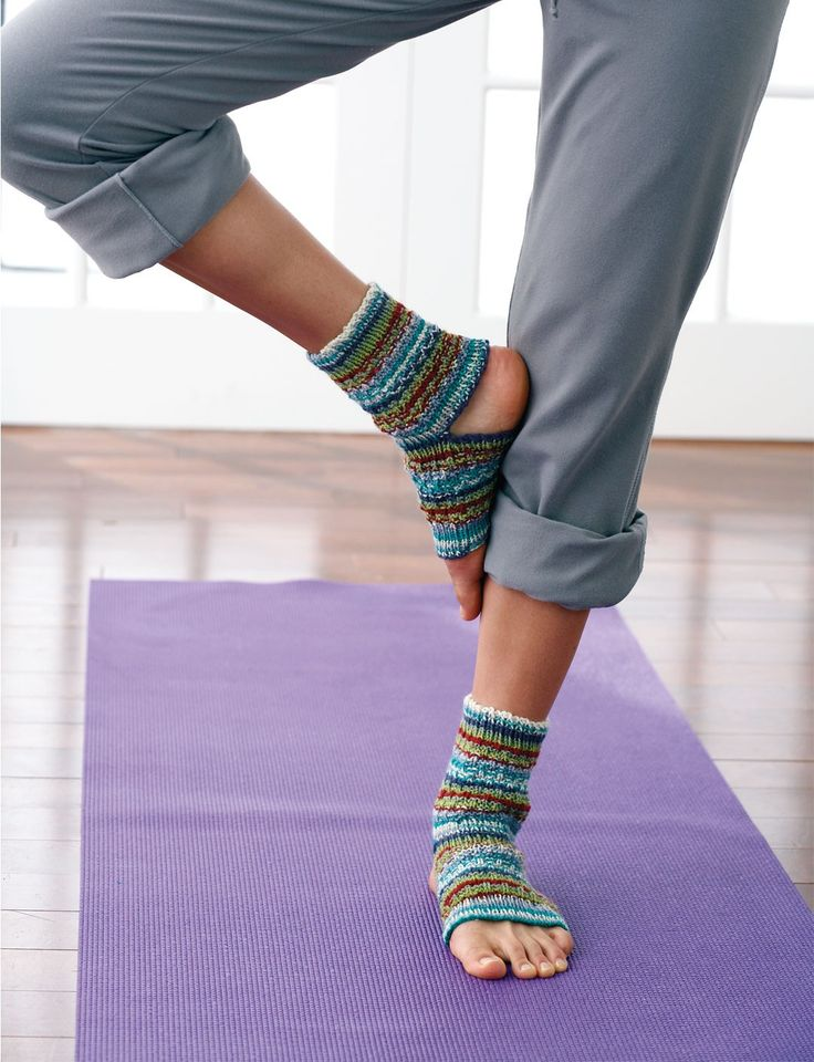 Free knitting pattern for Yoga Socks - great for leftover yarn - and more stash buster knitting patterns