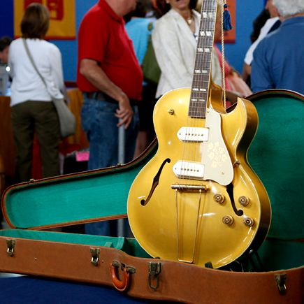 1952 Gibson ES-295 electric guitar