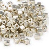 Cubos MIYUKI plata galvanizado para customizar tus prendas y proyectos de abalorios y cristal