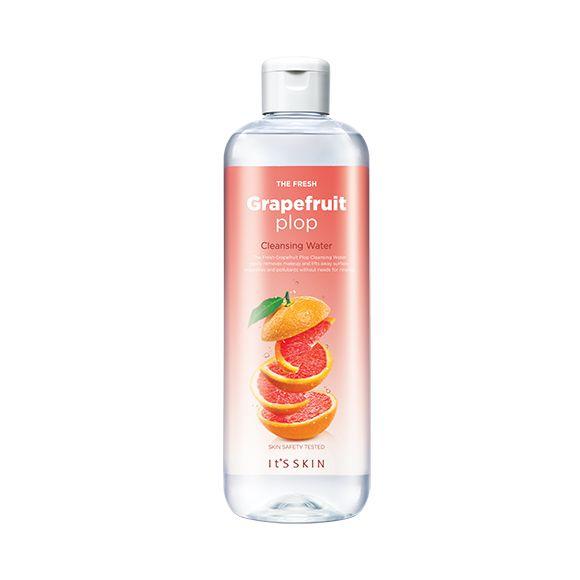 The Fresh Plop Очищающая вода с экстрактом грейпфрута, 1100.00 руб.   Очищающая вода с экстрактом грейпфрута для эффективного удаления макияжа    Средство для очищения кожи от косметики, обладает эффектом глубокого очищения и способствует интенсивному увлажнению кожи. Не требует смывания водой.      Средство содержит экстракт грейпфрута, экстракт лимона, экстракт яблока, водный раствор гиалуроновой кислоты.      Гиалуроновая кислота – полисахарид, входящий в состав клеточного вещества…