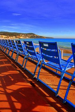 Promenade des Anglais, Nice, France. - Go there for an immersion at a French Teacher's house http://www.frenchtoday.com/learn-french-in-france