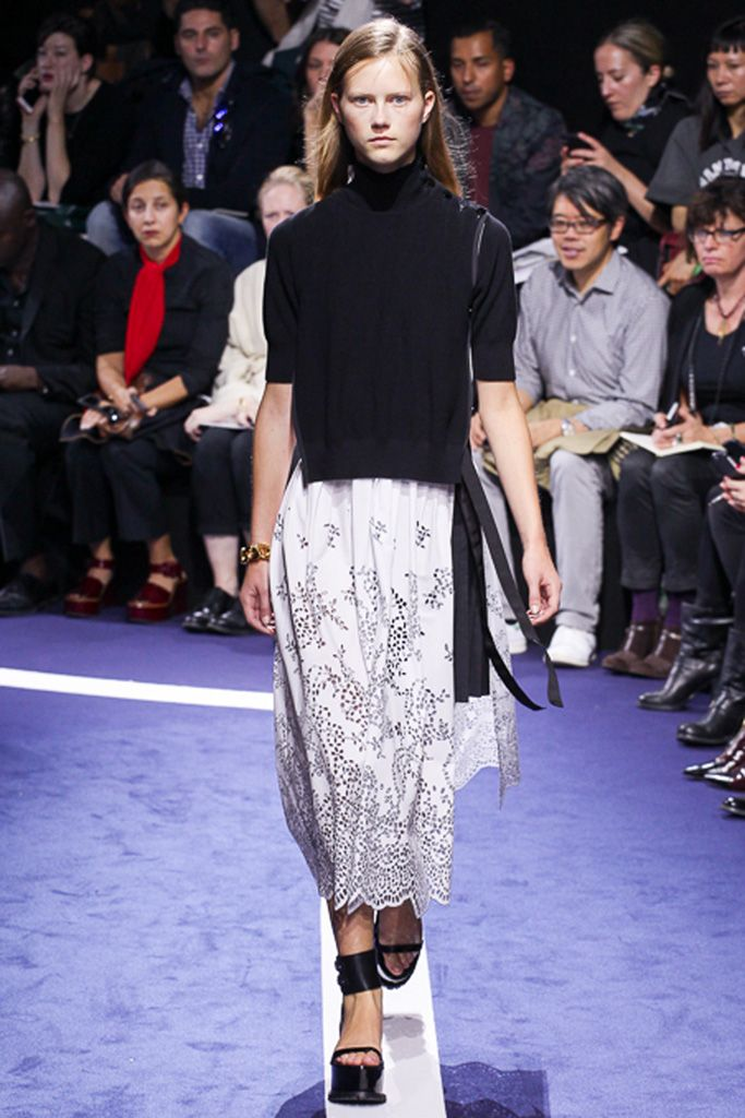 http://www.vogue.co.jp/popup_collection/Sacai/15ss-rtw/runway