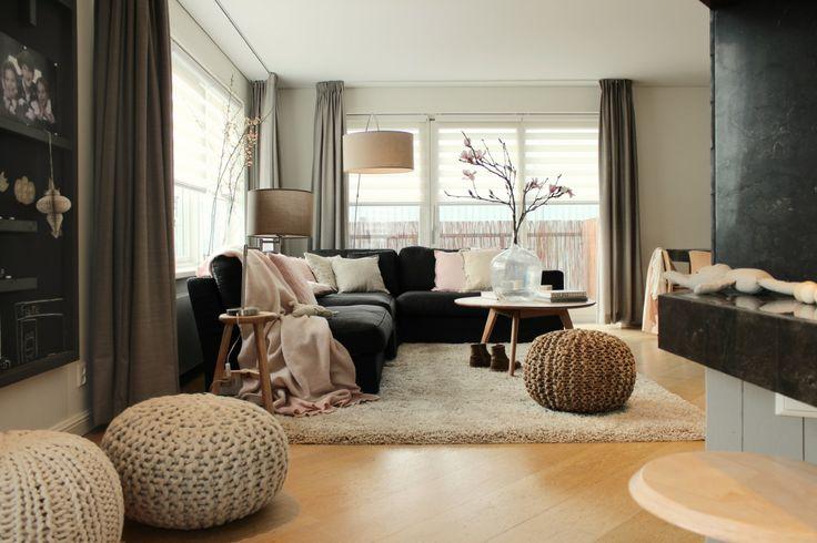 Woonkamer | Living ★ Ontwerp | Design Marijke Schipper | Hinck kussens | Hinck plaid