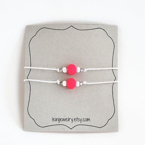 Neon pink set of friendship bracelets with beads by LeiniJewelry