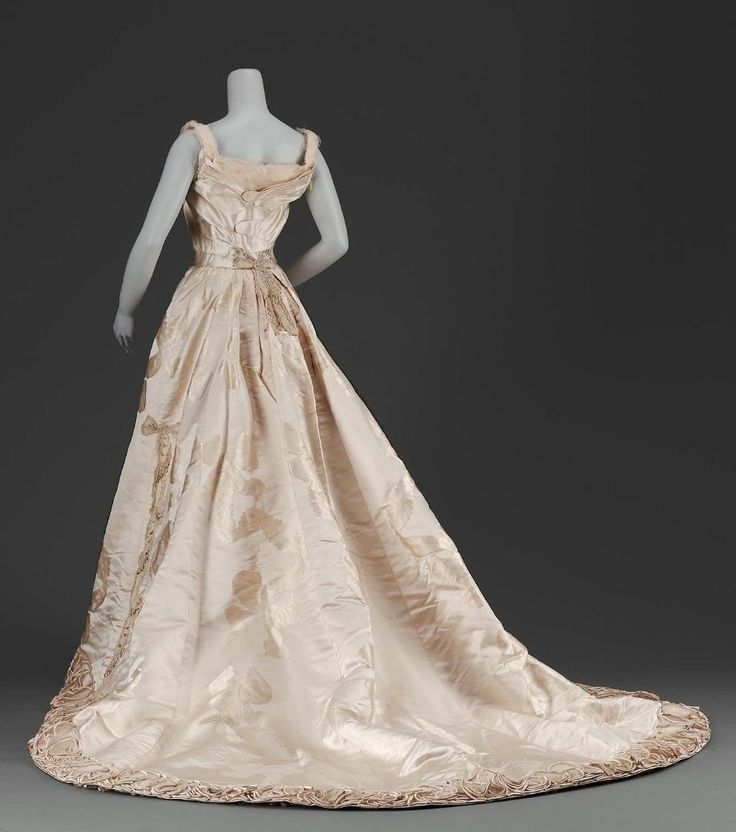 Worth evening dress ca. 1895 From the MFA
