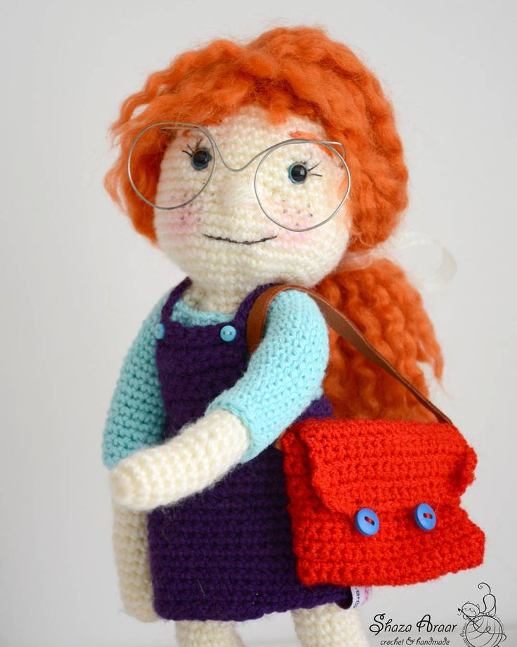 "56 Likes, 2 Comments - Shaza crochet (@shaza_ar) on Instagram: ""yeni  iş 😍 I'm going to school 😊 #elyapımı #elyapımıoyuncak #oyuncak #elişi #orguoyuncak #amigurimi…"""