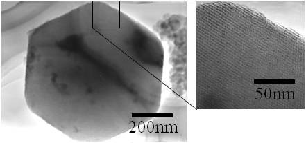 メソポーラスシリカの電子顕微鏡写真