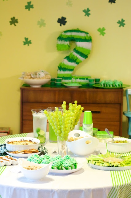 Chase's green bday party... Oh yeah!