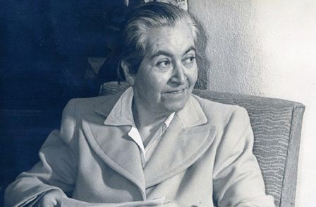 Poetry selections from Gabriela Mistral-- original and translation-- interspersed with analysis and context from the Poetry Foundation.