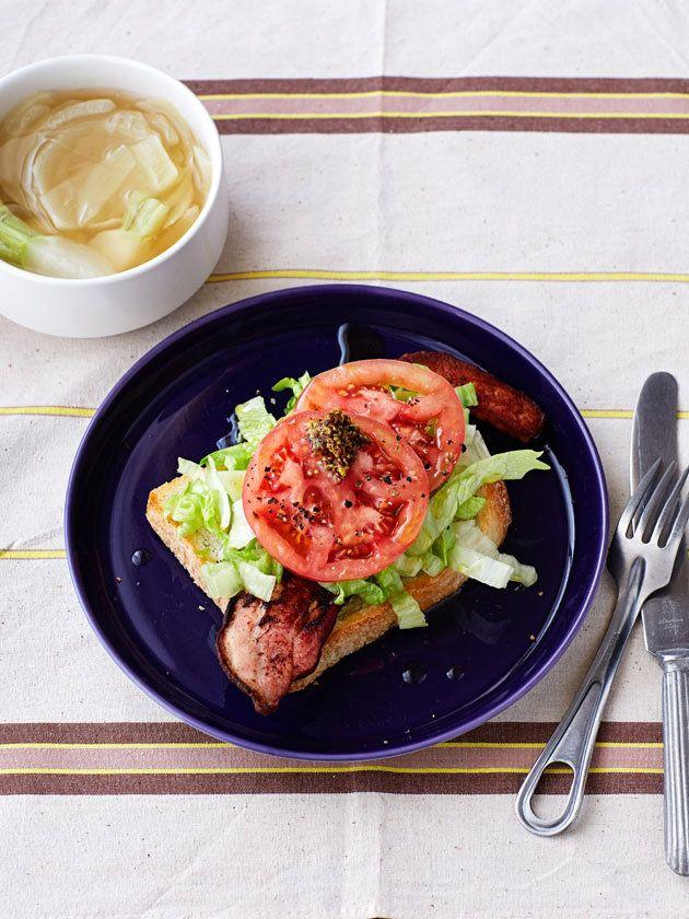 ジューシーなベーコンに今すぐかぶりつきたい! 『ELLE a table』はおしゃれで簡単なレシピが満載!