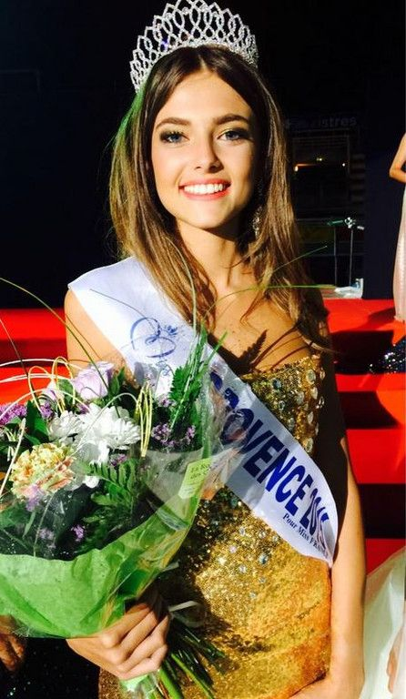 Miss France 2016? Who knows. All French regions chose a candidate. This is the 'nominée' from 'Le Provence', a region in the very south of France.