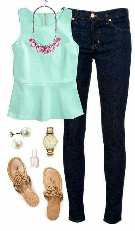 blusa verde menta con peplum