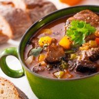 Superfood Soep Met Boerenkool, Zoete Aardappel En Kurkuma recept | Smulweb.nl