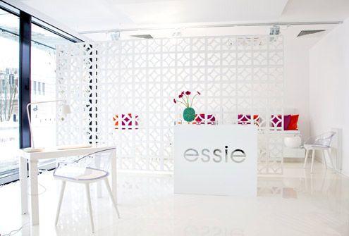 www.warsawnailbar.pl Warsaw Nail Bar Essie interior design 2014 neon Designers Guild Magis Cyborg white interior beauty salon