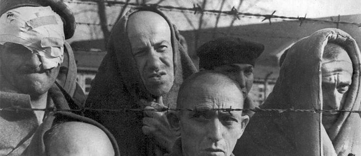 http://mundodelivros.com/se-isto-e-um-homem/ - Primo Levi é autor e personagem de um livro autobiográfico, que abre a porta para um tempo onde ser judeu era crime, embora na altura questionasse porquê. A narrativa começa em 1943, termina em 1945. Auschwitz, que naquele tempo não era um museu, foi o espaço principal da história que, à luz dos dias de hoje, quase parece fictícia. Mas não foi.