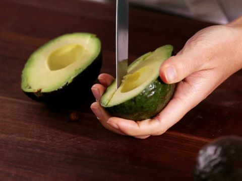 How to Pit Avocados #HowTo #Avocado: Food Network, Avocados Video, Delicious Avocados, Salad Dressing, Avocados Howto, Food Com Videos, Pit Avocados, Cooking Tips
